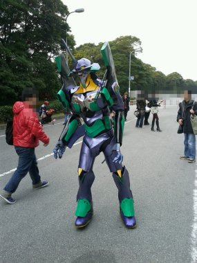 Awesome Eva unit 1 cosplay at Wonfes